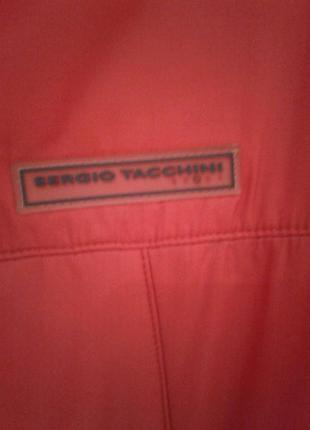 Пальто sergio tacciuni красного цвета