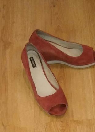 Туфли bronx с открытым носком
