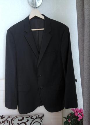 Hugo boss  люксовый пиджак из 100% шерсти