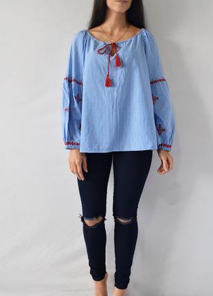 Блузка с вышивкой m&s