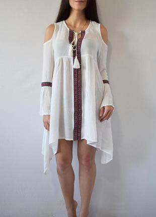Платье с кисточками missguided