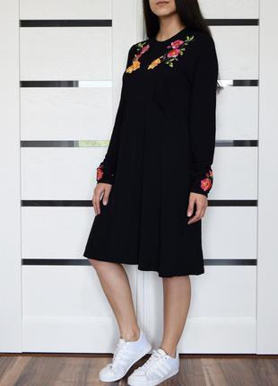 Платье с вышивкой asos (новое, с биркой)