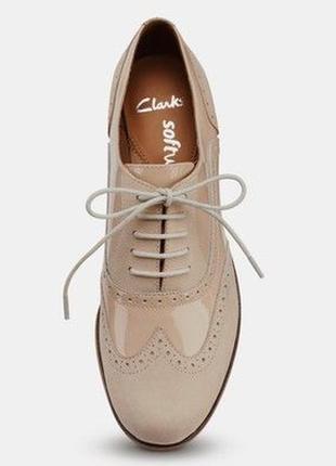 Кожаные лакированные туфли броги оксфорды clarks