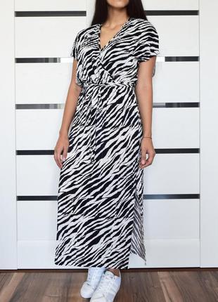 Платье (новое, с биркой) primark