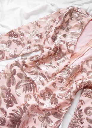 Платье в золотистую пайетку