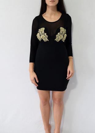 Платье с вышивкой rare london
