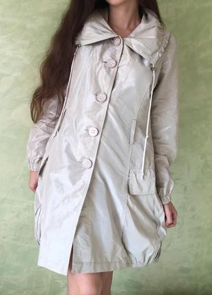 Стильный брендовый плащ/ куртка tensione in, размер s , металлик