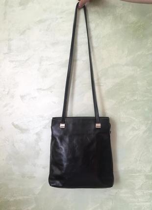 Кожаная итальянская сумка cosette,  черная, натуральная кожа