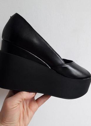 Туфли с открытым носиком