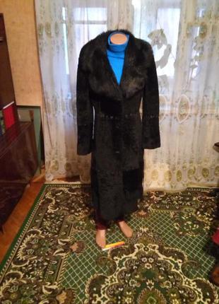 Элегантное меховое пальто шуба дубленка из стриженного ягненка...