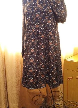 Стильное осеннее платье со свободной завышенной талией yessica...