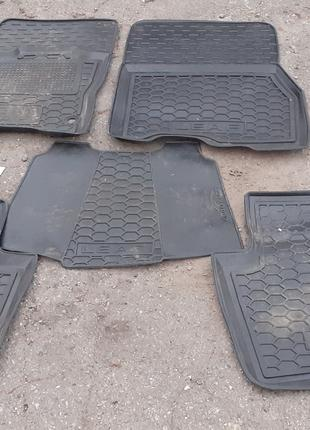 Б/у Комплект ковриков салона Nissan Leaf