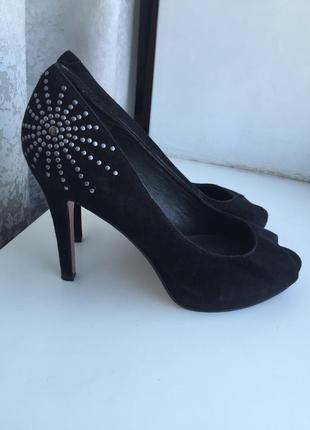 Кожаные туфли на каблуке 5th avenue 38 р. замшевые туфлі шкіряні