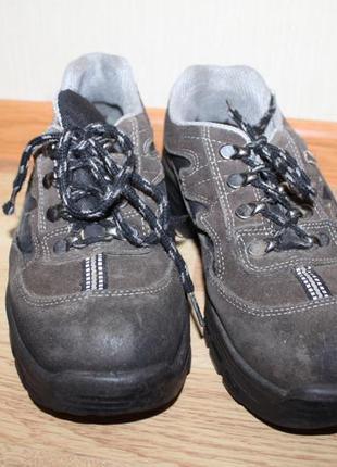 2 взуття робоче кроси 39р рабочие ботинки, рабочая обувь, берц...