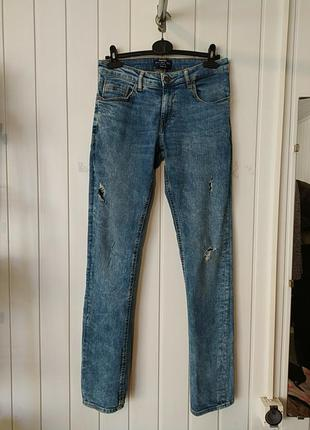 Рваные джинсы с дырками  bershka