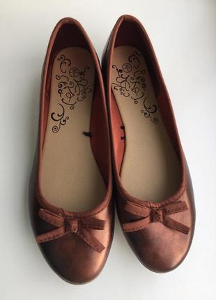 Новые балетки 38-39 размер бронзового цвета