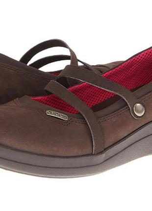 Кожаные туфли crocs мэри джейн