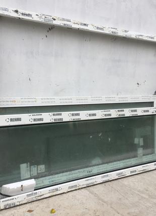 Металлопластиковые двери с окнами.