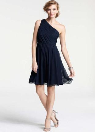 Нарядное платье zara на одно плечо, плиссированное шифоновое
