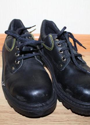 37 взуття робоче trucker 37р рабочие ботинки, рабочая обувь, б...