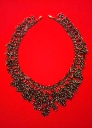 Великолепное ожерелье из бисера
