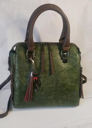 Зеленая сумка на плечо и с ручками