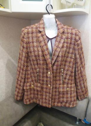 Жакардовый фактурный пиджак с молниями на 50.52р