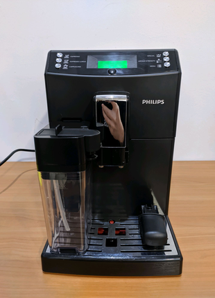 Saeco minuto Cappuccino 2017 год кавоварка, кофемашина