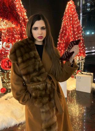 Шикарное пальто с соболем. Коллекция 2020