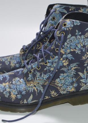 Ботинки dr. martens beckett 8-eye boots