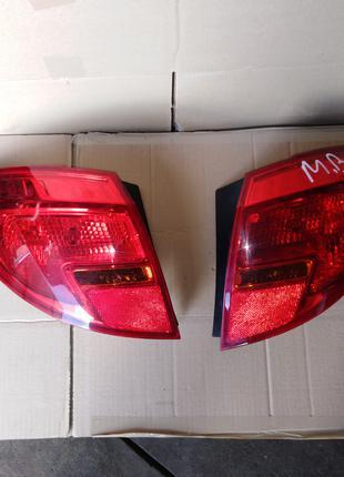 Фонарь задний Opel Meriva B 13307494 13307493