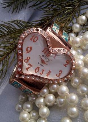 """Часы """"fashion"""" женские quartz (кварц), сердце с браслетом"""