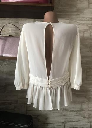 Эксклюзивная блузка с открытой спинкой