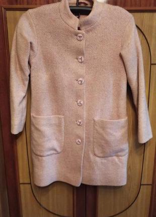 Кашемировое пальто розового цвета