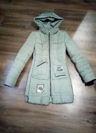 Куртка женская, зимняя, размер s/m, отличное состояние