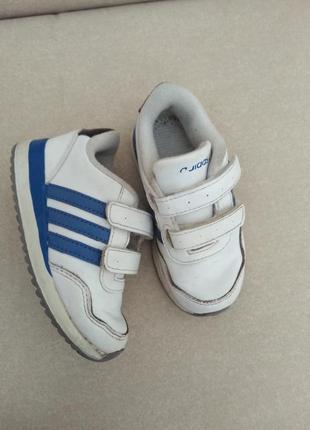 Кроссовки на липучках белые adidas 15 см стелька