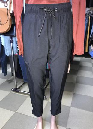 Стильные спортивные брюки/зауженная и укороченная модель /crivit