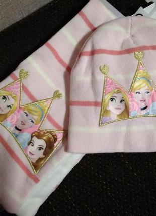 Набор для девочки шапка и шарфик с принцессами дисней на рост ...