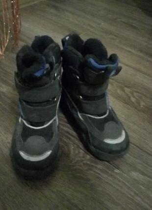 Ботинки зимние для мальчика, размер 27, в отличном состоянии