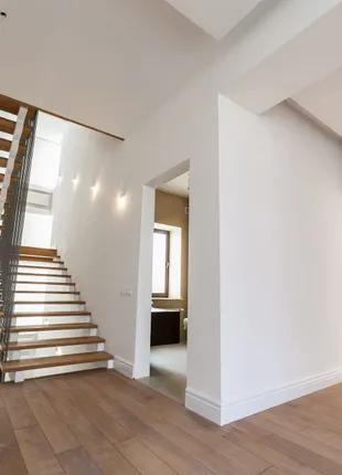 Шикарный дом с лифтом в стиле минимализм