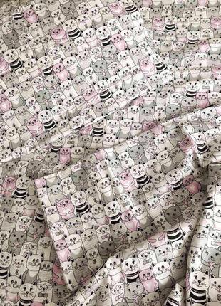 Красивый постельный набор с котами, очень милый принт, несколь...