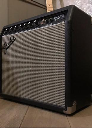 Fender Frontman 25R гитарный комбоусилител