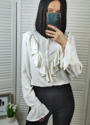 Блуза белая с рюшами zara, p-p m