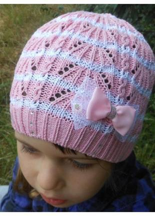 Ажурная шапочка для девочки на осень/весну