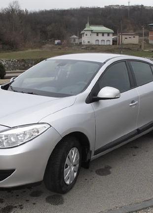 Продам свой автомобиль Renault (Рено)
