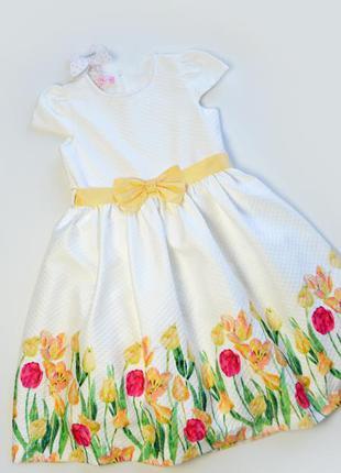 Детское нарядное белое платье в цветы