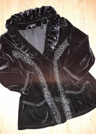 Шикарнейший бархатный пиджак примого силуэта