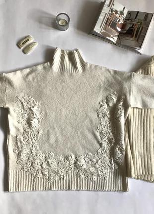 Молочный свитер с кружевом marks and spencer