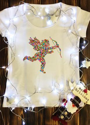 Женская футболка  с принтом - цветной амур
