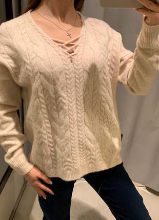 Свитер со шнуровкой пуловер reserved есть размеры